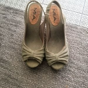 Womans size 7 wedge